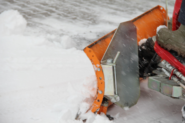 Unser Schneeräumungs-Team im Einsatz (Video)
